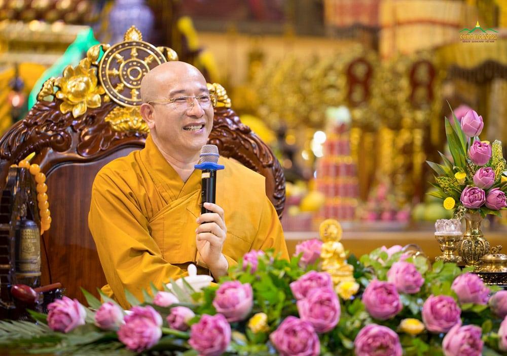 Sư Phụ Thích Trúc Thái Minh đã chia sẻ hai sắc thái đầu tiên khi phát Tâm Bồ đề là tâm chính và tâm tà